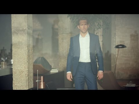 Piaget Polo S : play a different game. Starring Ryan Reynolds.