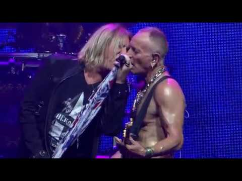 Def Leppard Live 2018 =] Foolin' [= Houston - Toyota Center - Sep 1