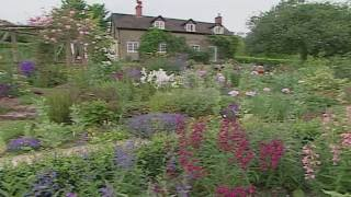 English Cottage and Country Gardens thumbnail