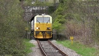 Network Rail Weed Killing MPV.....Multiple horns....28/04/2013