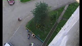 История спасения. В Екатеринбурге ребёнок выпал с восьмого этажа и остался жив