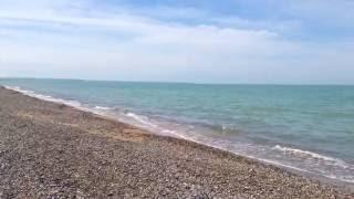 Галечно-песчаный пляж в Береговом(Галечно-песчаные пляжи, мягкие климатические условия и освежающий бриз создают идеальные условия для отды..., 2016-06-08T16:29:20.000Z)