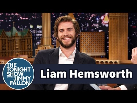 Liam Hemsworth Calls Kissing Jennifer Lawrence Awkward - YouTube