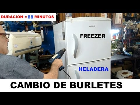 CAMBIO DE BURLETES MAGNÉTICOS Y PINTURA DE ZÓCALOS, HELADERA FAMILIAR.