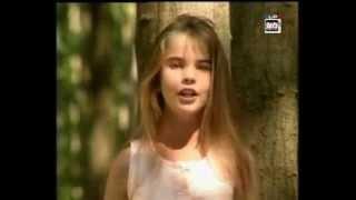 melody y a pas que les grands qui rvent 1989 official video with lyrics in description hq flv