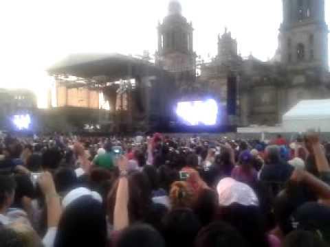 """3ballMTY En Mexico D.F Zocalo 2012 """"Intentalo"""""""