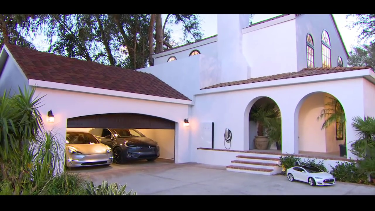 Tesla Unveils Powerwall 2 Amp Solar Roof Youtube