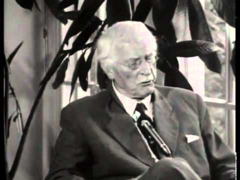 a biography of carl gustav jung swiss psychiatrist and psychotherapist
