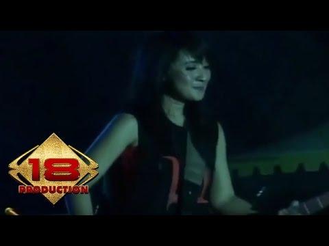 Kotak - Cinta Jangan Pergi (Live Konser Jakarta 16 Juli 2011
