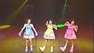 2000年 スーパージェットシューズ(河島佑香 樫乃有香 西脇絢香) 2000年...