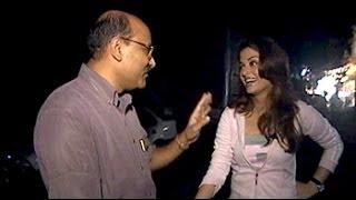 Video Walk The Talk with Aishwarya Rai (Aired: September 2004) download MP3, 3GP, MP4, WEBM, AVI, FLV Januari 2018