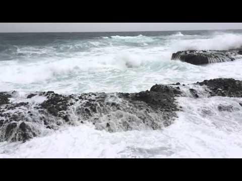 神恵内村 日本海の荒波 by 浪漫 nackey on YouTube