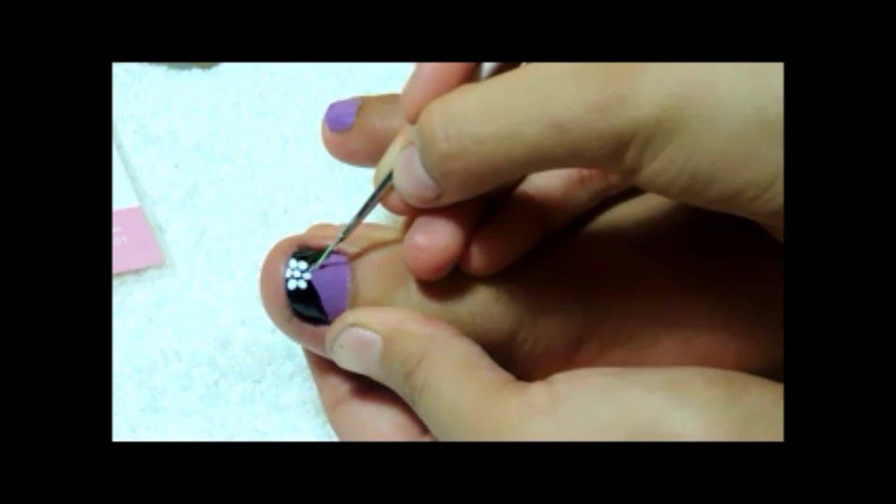 Diseño de uñas para pies LILA Y NEGRO - YouTube