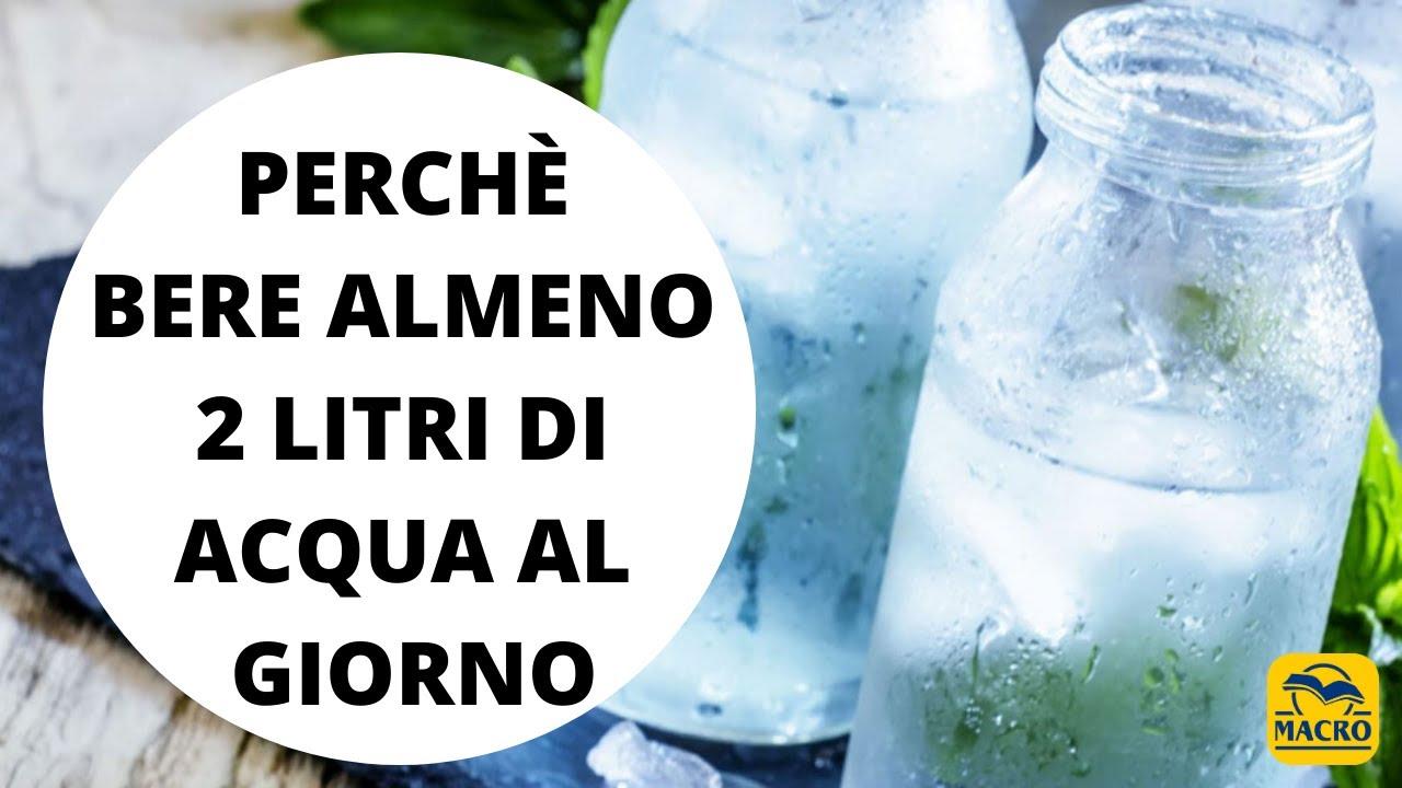 Dobbiamo bere almeno 2 litri di acqua al giorno, meglio se alcalina!