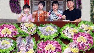 Las chicas rurales comen escalfador de pulpo de aguas profundas 奕甜甜吃深海大章鱼火锅