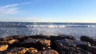 Волны. Испания.  Costa Brava(, 2016-02-21T05:29:15.000Z)
