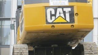 Caterpillar 345C bei Abbrucharbeiten in der Hamburger City, Teil 2