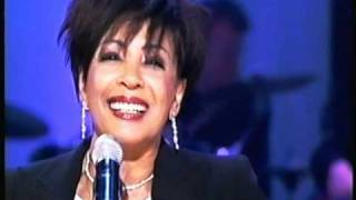 Shirley Bassey - Thank You For The Years (2003 Live)