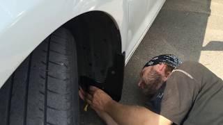 Брызговики Toyota Camry 50 установка своими руками