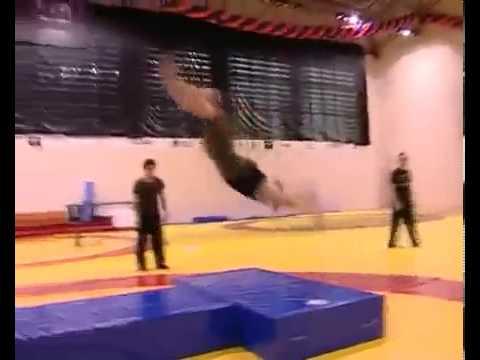 Скотт Адкинс Тренировка Актер из К Ф Неоспоримый 3