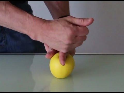 Exp rience scientifique comment couper une pomme avec ses mains ou un doigt youtube - Couper une video en deux ...