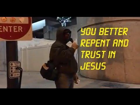 Street Preacher calls sinners to repent and trust in Jesus!