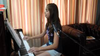 Lean on me  - Music & Lyrics by Bill Withers (Piano cover by Alisa)