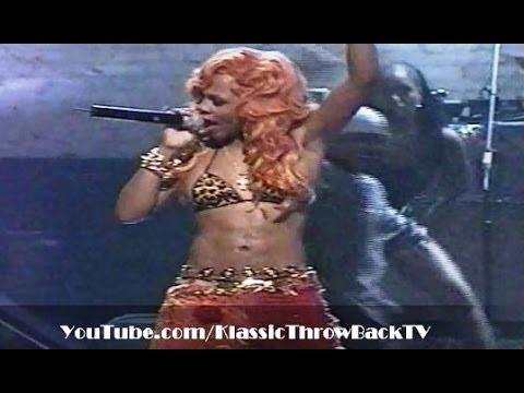 Lil' Kim - Notorious K.I.M. Medley - Live (2000)