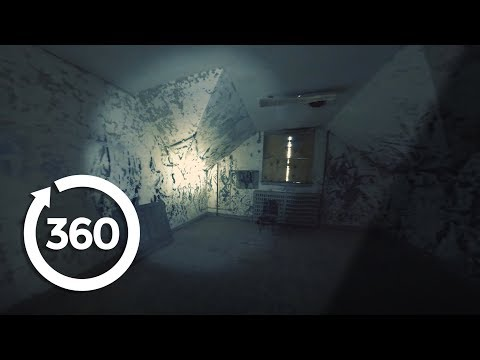 Dare To Venture Inside Pennhurst Asylum's Haunted Mayflower Building (360 Video)