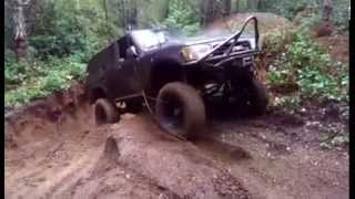 SAS'D 4Runner Making Quick Work of Mud Hole!
