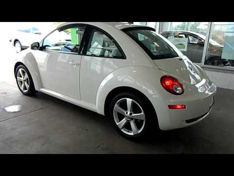 Triple White Edition 2008 VW New Beetle @ Eastside Volkswagen in Cleveland, Ohio
