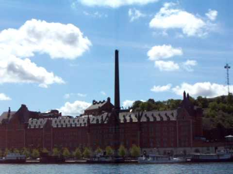 Narrated Tour of Stockholm's Waterways - Nobel Prize and Stockholm City Hall