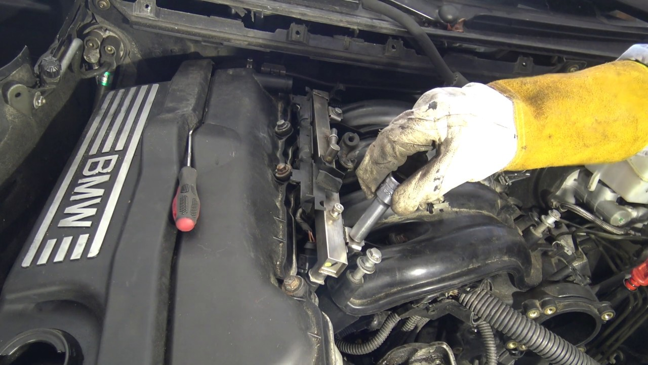 2000 bmw e46 engine diagram how to disconnect fuel hose line in engine area bmw 3 series e46  fuel hose line in engine area bmw