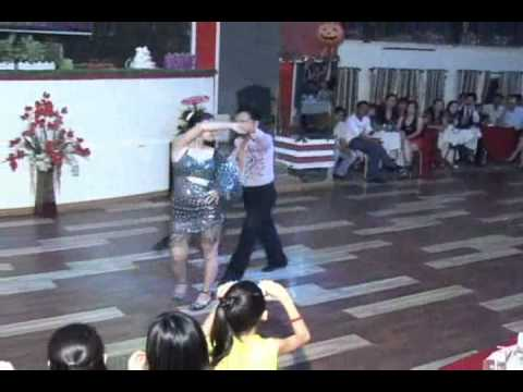CLB KHIEU VU 28-33 CAN THO.CHUNG KET TANGO THANG 09-2012 (BIEU DIEN THAY HOANG NGHIEP -THIEN VAN