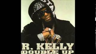 Watch R Kelly Hook It Up video