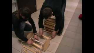 Инструкция по использованию спасательной лестницы(Видео-инструкция по использованию для эвакуации лестниц навесных спасательных пожарных CCC Информация..., 2013-05-20T06:42:30.000Z)