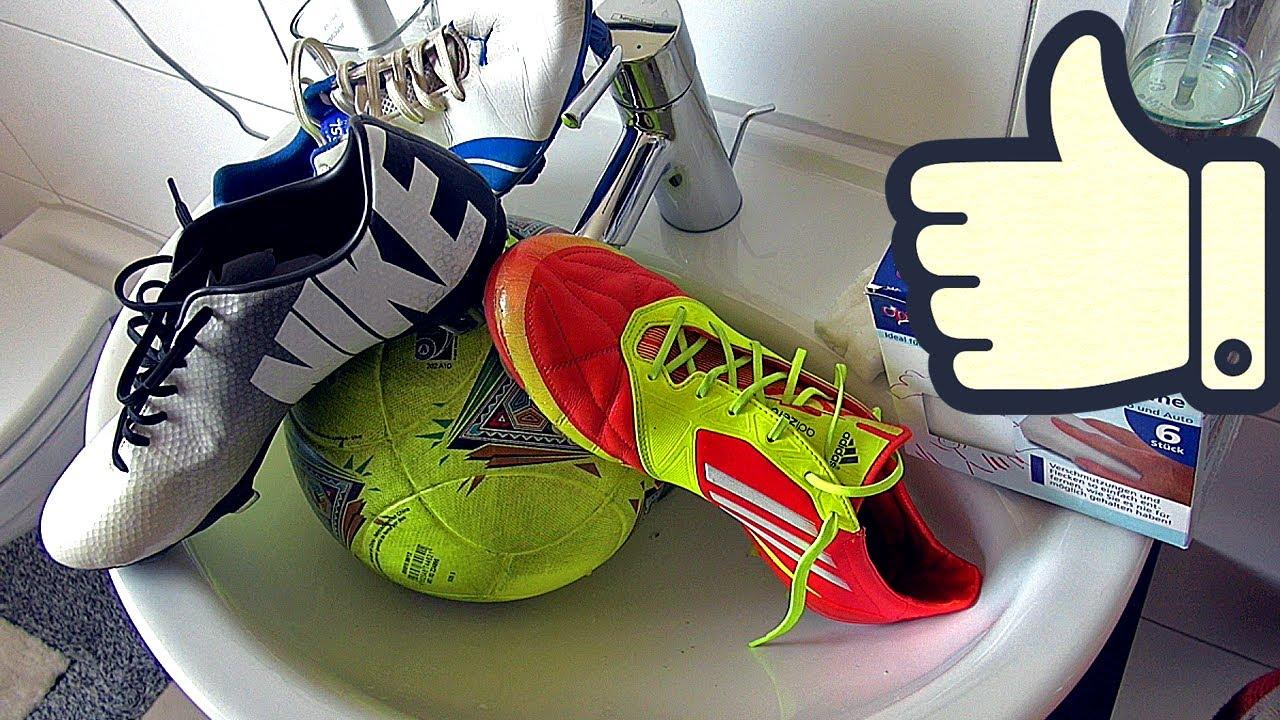 ▷ Was tun, wenn die Fußballschuhe stinken? Ratgeber, Tipps