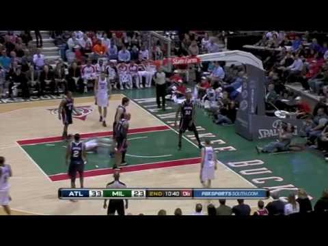 Joe Smith big block on Ersan Ilyasova lay up Attempt vs Milwaukee Bucks
