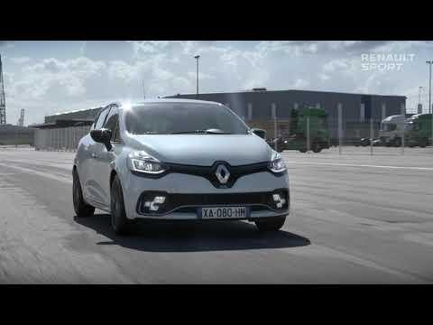 Renault CLIO RS: risvegliate il pilota che è in voi!