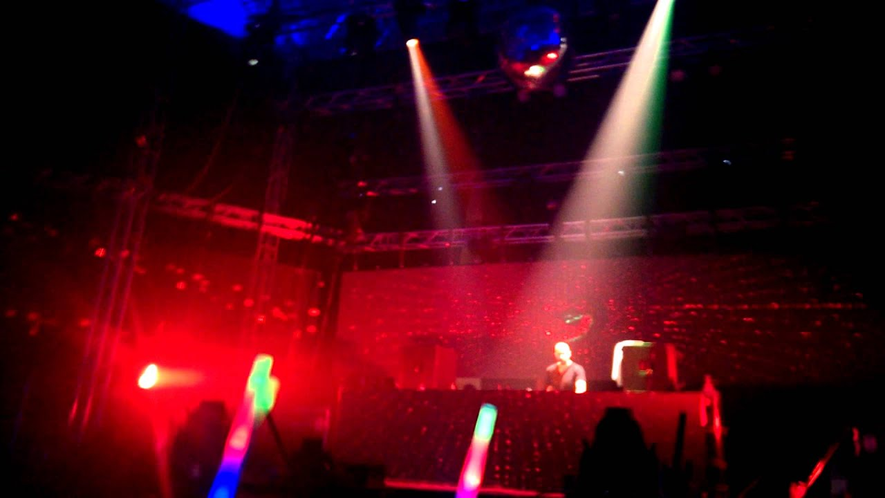 Download Neverland 2013 The end of Yves V's set and the start of TJR's set