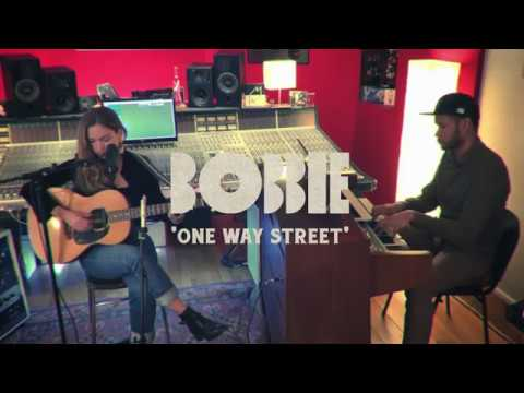 BOBBIE - One way street