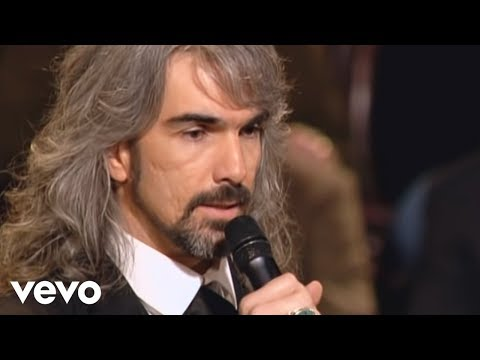 The Old Rugged Cross Made the Difference [Live] - Gaither Vocal Band
