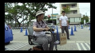 "Fab scooter at ""Next Mobility Bazaar 2017 in Kuroba"" (Actress Shige..."