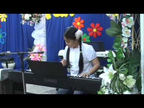 Em la hoa hong nho - Hue Anh