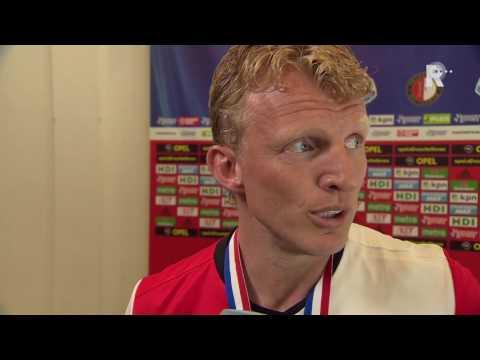 Dirk Kuyt na afloop van de kampioenswedstrijd tegen Heracles Almelo