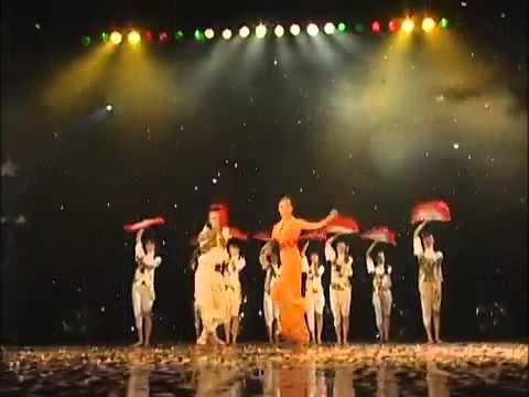 Quạt Giấy [Full HD] Đoan Trang (có Lời bài hát)