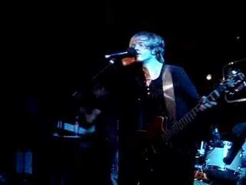 Delays - Nearer than Heaven (Live @ Camden Barfly)