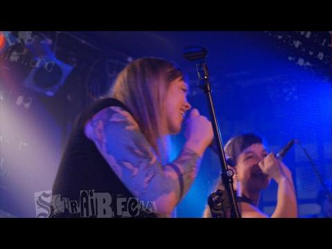 Punkrock Karaoke im Gängeviertel mit Interview