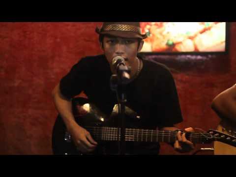 Rocky Milk Katakanlah (Acoustic)