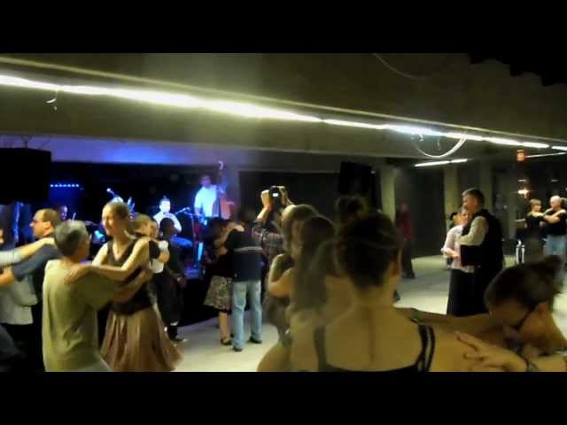 Sárköz Gázsa zenekar Táncházak Éjszakája 2012. szeptember 22. Akvárium